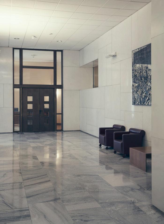 Anticamera location, Milan, location, public space